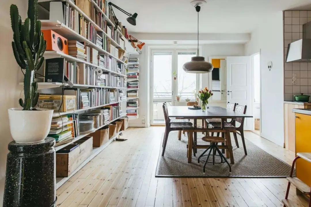 没有书房,书放哪?