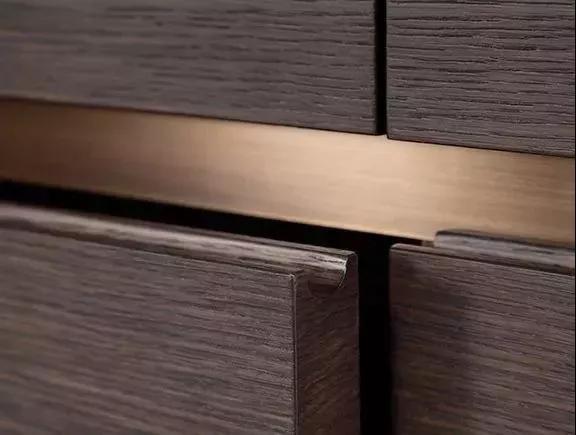 隐藏式的柜门拉手,让你家变得更简洁大方